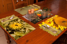 Set of 4 reversible placemats, sunflower -  Ensemble 4 Napperons, tournesol