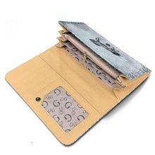 HOOF PRINTS HORSE WOMEN WALLET