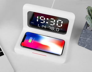 Quick Charge Wireless Charging Clock for iOS & Android