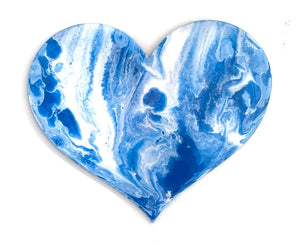 24in resin heart - marble