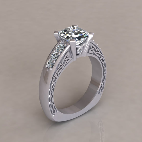 ENGAGEMENT RING - ANTIQUE 108