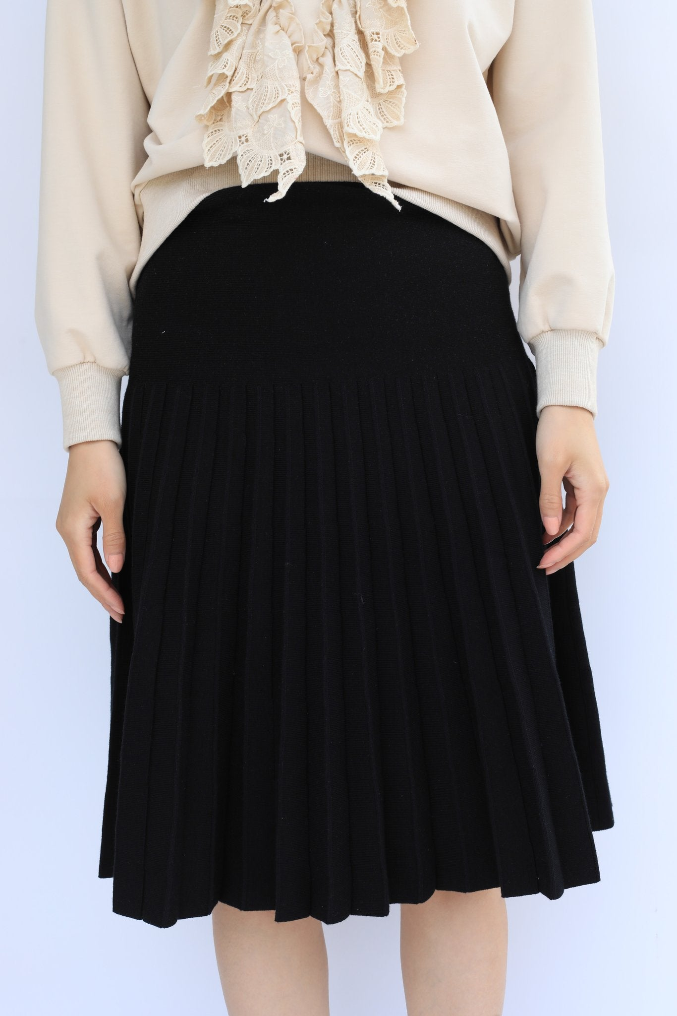 THE COLLECTIVE DROP PLEAT KNIT SKIRT