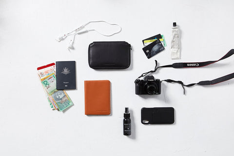 STATUS ANXIETY Vow Travel Wallet black