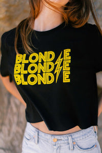 BLONDIE LIGHTNING GRAPHIC CROP TEE