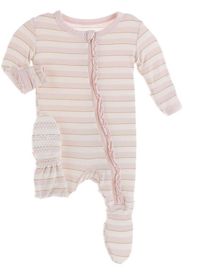 KICKEE PANTS PRINT MUFFIN RUFFLE FOOTIE WITH ZIPPER - EVERYDAY HEROES SWEET STRIPE EVERYDAY HEROES