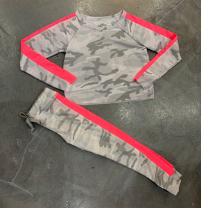 T2Love Camo Sweatpants