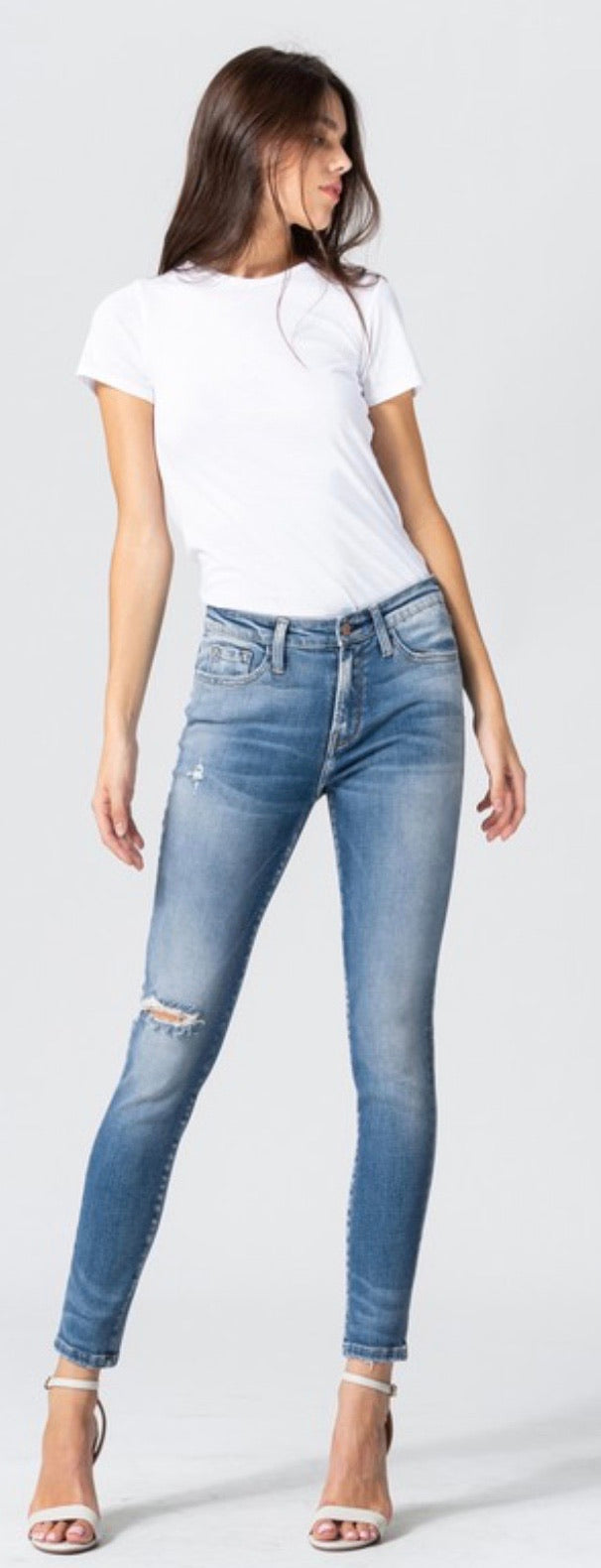 Flying Monkey - MID RISE DISTRESSED ANKLE SKINNY