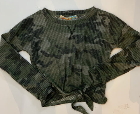 VINTAGE HAVANA Girls Long Sleeve Camo Print Thermal Top