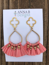 Quatrefoil + Raffia Earrings- Pink