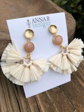 Raffia Fan Earrings-Ivory