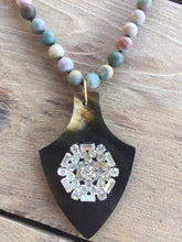 Agate Necklace with Rhinestone Pendant