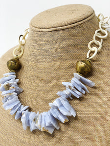 Agate Necklace with Horn Chain