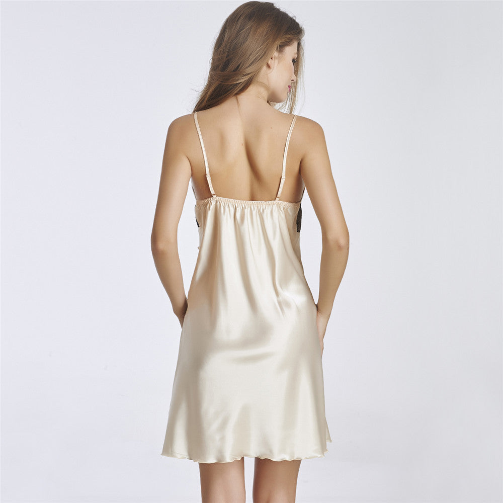 Backless Sleepwear With Lace Covered V1177