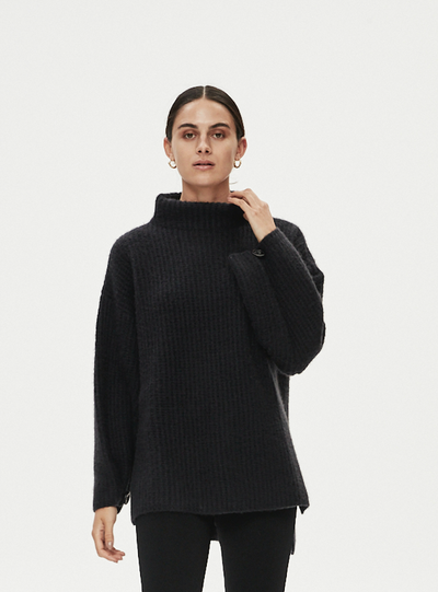 AMOS JUMPER - BLACK