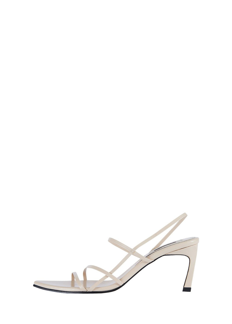 3 STRAPPY POINTED SANDALS CREAM