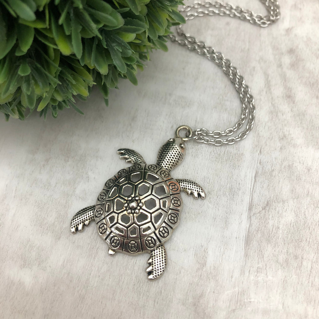 Necklace | Turtle