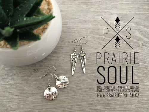 Charm Earring | Triangle or Circle