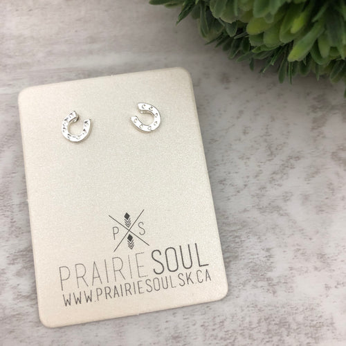 Metal Shape Stud Earring | Horse Shoe