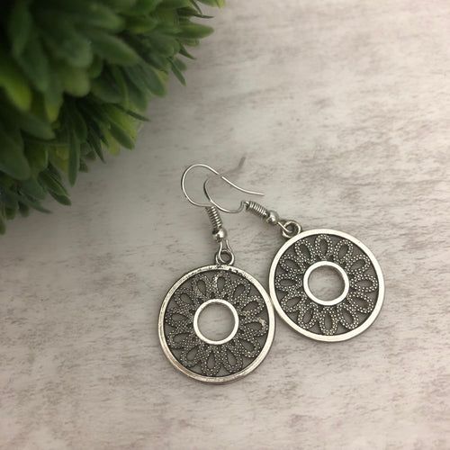 Charm Earring | Circle IV