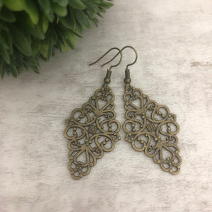 Charm Earring | Diamond Filigree