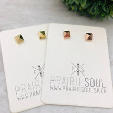 Metal Shape Stud Earring | Pyramid Square