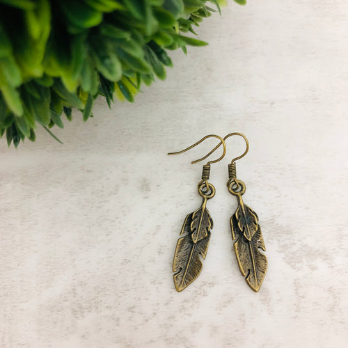 Charm Earring | Feather Double