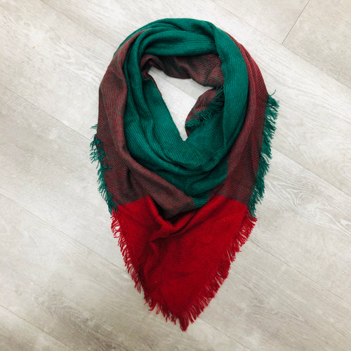 Triangle Blanket Scarf | Red, Green Lines