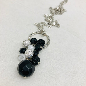 Cluster Necklace - glitterball white and black