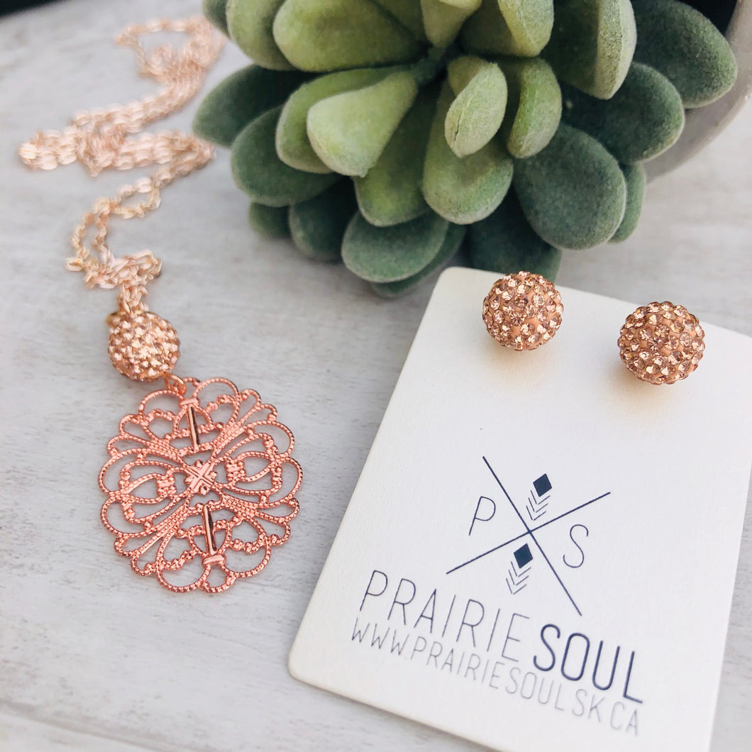 Filigree Oval Rose Gold Necklace