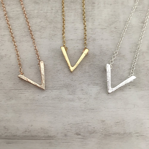 Dainty Necklace | V