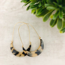 Hoop Crescent Earrings | Tortoise