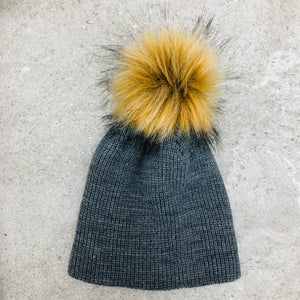 Ribbed Touque with Fur Pom