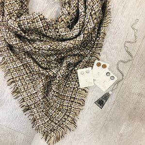 Triangle Blanket Scarf | Brown knit