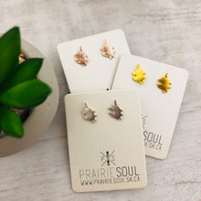 Metal Shape Stud Earring | Unicorn
