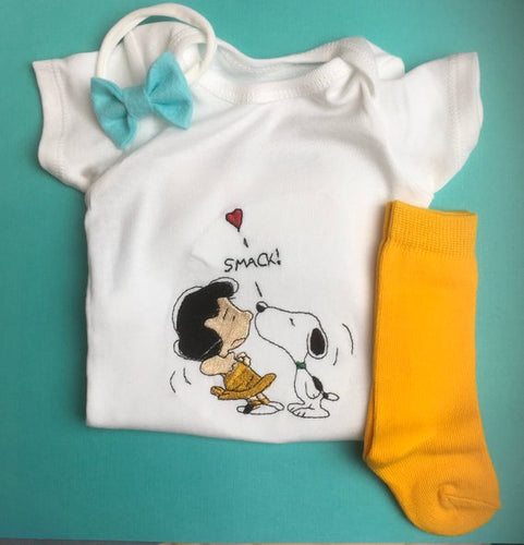 LUCY & SNOOPY embroidered baby onesie