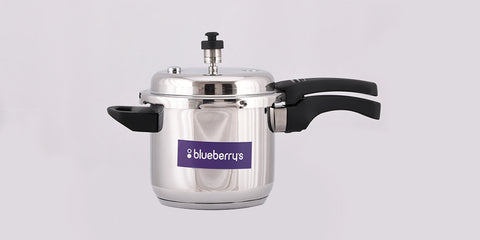 Blueberry's Virginia Stainless Steel Induction Base Outer Lid Pressure Cooker (Silver, 3 L)