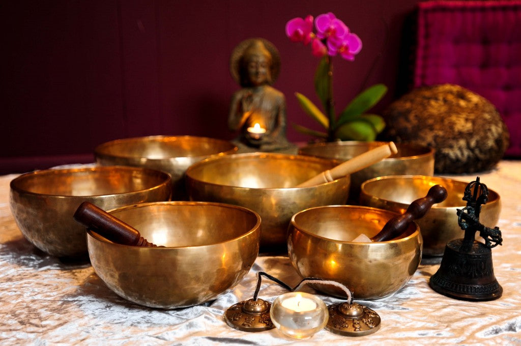 How do Tibetan singings Bowls help in the healing process?