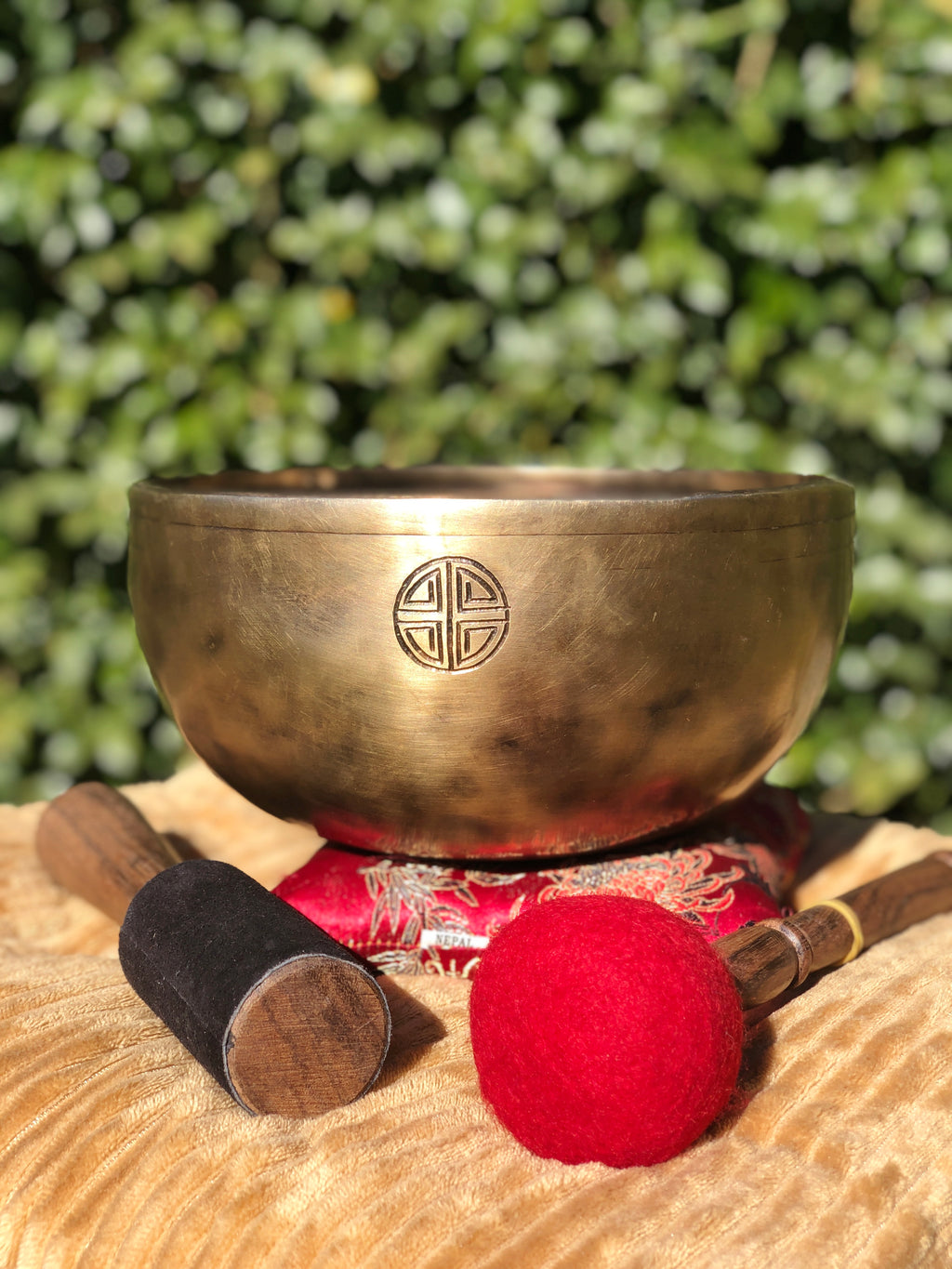 Full Moon Singing Bowl for Chakra Healing and Meditation made by hand in Nepal