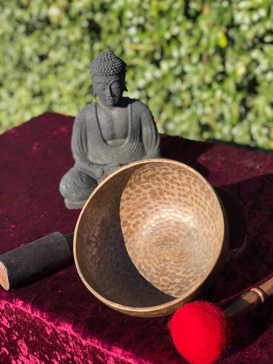 Antique Singing Bowl from Nepal purely handmade with relaxing sound specially for Meditation and Stress Relief | Collection pcs