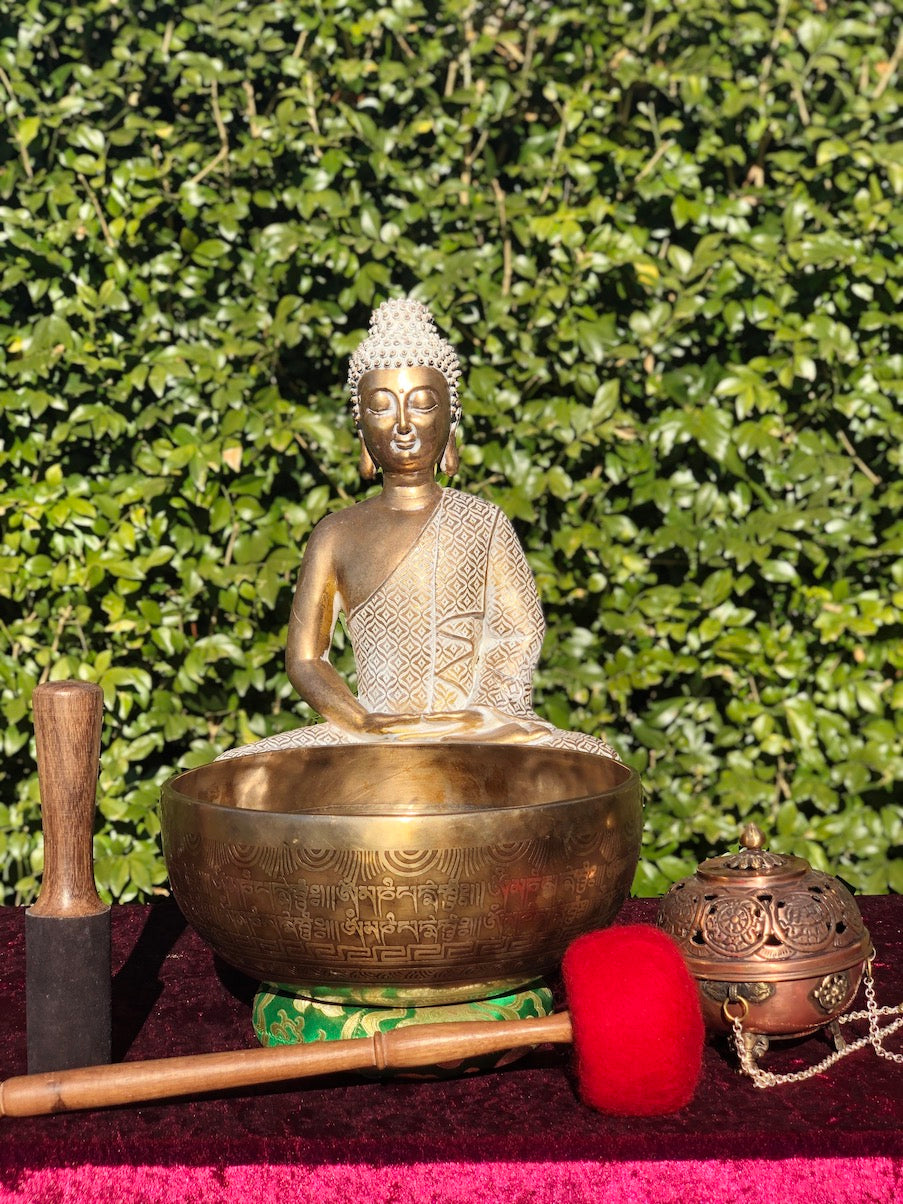 Beautiful Green Tara Hand Carved Singing Bowl from Nepal with Om Mani NI Padme Hum Mantra engraved on bottom | Meditation | Stress Relief
