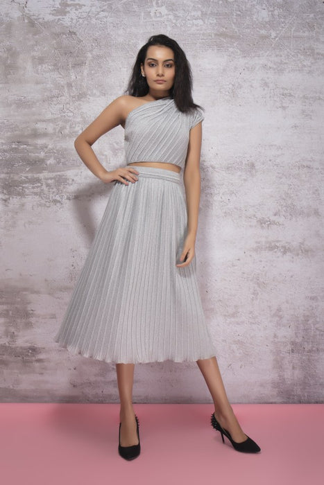 SILVER PLEATING ONE SHOULDER CROP WITH DROP SLEEVE