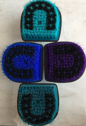Horseshoe Body Brush