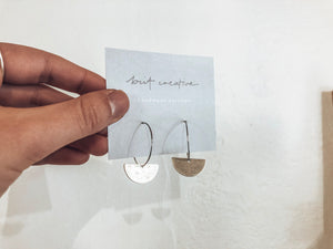 Minimal Hoops - Silver Small Moon