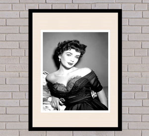Elizabeth Taylor Black & White Framed Portrait