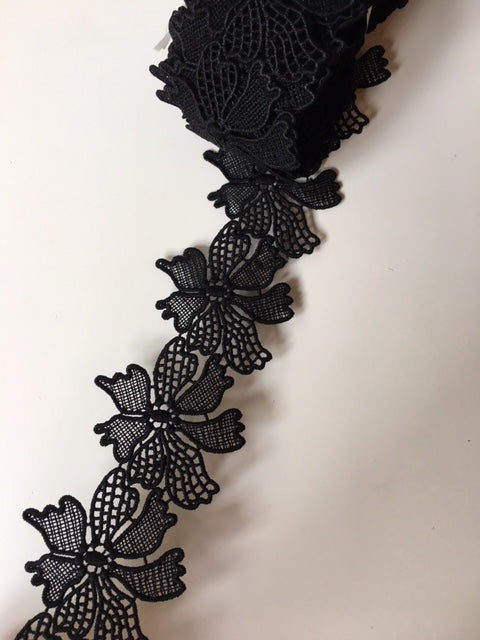 Lace Trim 24 - Filigree Flowers Black - AU