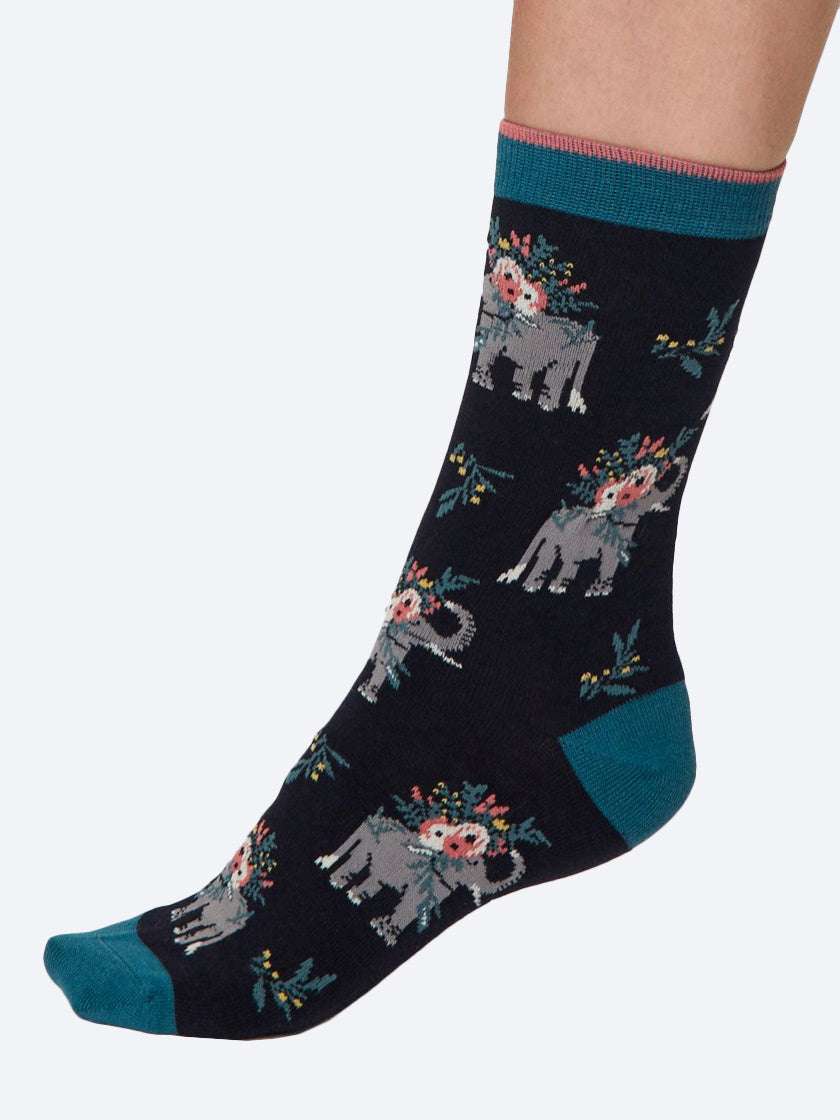 THOUGHT PRETTY ELEPHANT SOCKS IN A BAG