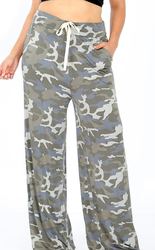Curvy Camo Lounge Pants