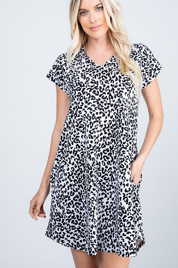 Black & White Leopard Pocket Dress