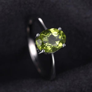 1.45ct Peridot , Sterling Silver Ring
