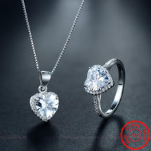Luxurious Sona Diamond Necklace